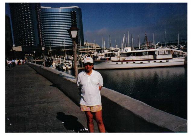 San_Diego_marina_b.jpg